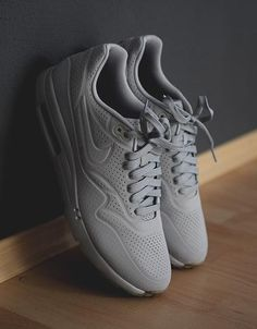 Dat derrr Wolf Grey #nike #sneakers #sneakerfashion