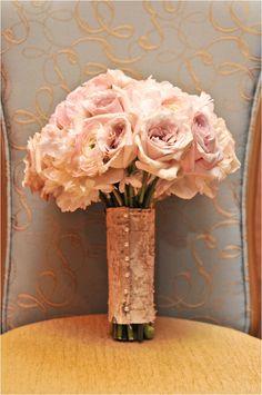 Blush tone bouquet ~ Photo: Tambi Howard Photography