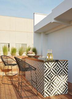 ideas for patio bar design decks Outdoor Tiles, Outdoor Rooms, Outdoor Living, Outdoor Decor, Ikea Outdoor, Outdoor Retreat, Outdoor Flooring, Outdoor Storage, Backyard Ideas