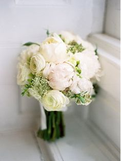 love peonies+baby's breath