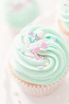 cupcake, food, dessert, kawaii e pastel