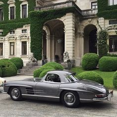 Mercedes-Benz #300SL #Roadster W198 • by @cfcogan (https://www.instagram.com/p/3bvv1HogcT/) / #MadeToMeasure #Classic #Leather #Suitcase #TravelSet #Custom #Luggage; Please visit us at: http://theclassicvoyager.com/
