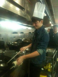 Yeah, he's cooking for me Greyson Chance, Bad Kids, Pale Skin, Celebs, Celebrities, Knowing You, Singers, Piano, Funny Quotes