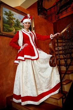 Miss Poland Earth 2010 in national costume  - inspired by traditional Polish noblewoman's dress.