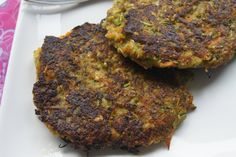Gemüse - Taler vegan, einfach, lecker und gesund. Du benötigst für dies leckeren Gemüsetaler Möhre, Zucchini, Sonnenblumenkerne...