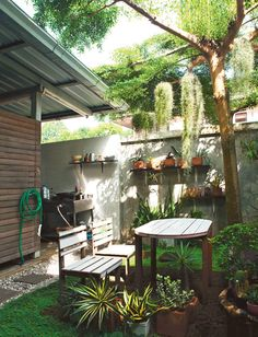 รวม 3 แบบ ครัวไทยหลังบ้าน สำหรับต่อเติมทั้งบ้านเดี่ยว ทาวน์โฮม หรือบ้านที่มีพื้นที่แคบ พร้อมบอกขนาดพื้นที่ที่พอเหมาะและงบประมาณในการต่อเติม