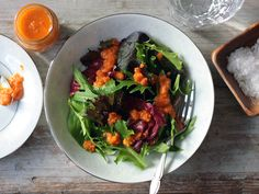 I love me some Carrot Ginger Miso Dressing whenever I am at an Asian restaurant. Now I can enjoy it at home too with this recipe from Tastespotting #salad #meatlessmonday