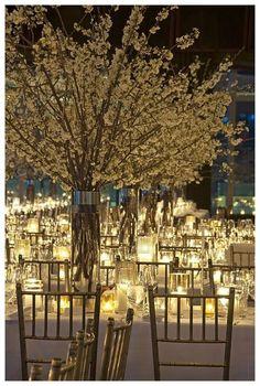 decoración boda. iluminación. centro de mesa flor de cerezo