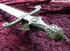 Windlass Sword is a leading dealer of fine antique swords and armors from all over the world. We have a large collection of rare and genuine antique swords, kukhri and many more other medieval armory.