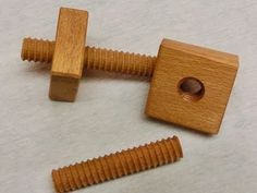 Make wood screw yourself in 3 minutes - Holzgewinde selber machen in 3...