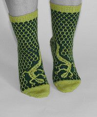 Lizard pattern colorwork knit socks