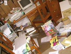 Easy Tips for Cleaning a Messy Home Office