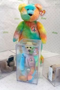 The 20 Expensive Collectible Beanie Babies Will Make You Rich - Most Valuable Beanie Babies Beanie Babies Worth, Valuable Beanie Babies, Beanie Babies Value, Rare Beanie Babies, Original Beanie Babies, Beenie Babies, Beanie Baby Bears, Ty Beanie Boos, Most Expensive Beanie Babies
