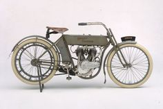 Harley-Davidson - 1909 V2