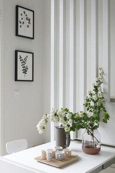 en primavera decora la mesa con flores naturales