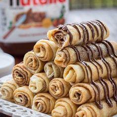 Imagem através do We Heart It #chocolate #delicious #food #nutella #pancake #pancakes