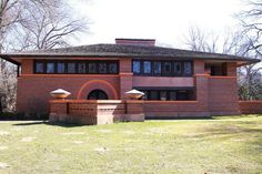 Frank Lloyd Wright - A Portfolio of Selected Architecture: 1902: Arthur Heurtley House