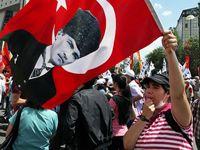 Политическое положение Турции - такая же яркая и насыщенная тема, как, вобщем-то, и вся эта страна. Турция испокон веков являлась мостом меж...