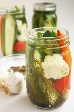 LAny-Veggie Refrigerator Pickles from our newsletter -- here's what to do with that glut of produce from your garden or farmstand! Cukes, beets, green beans, cauliflower, peppers -- it all works. Fast Metabolism Recipes, Fast Metabolism Diet, Metabolic Diet, Veggie Recipes, Real Food Recipes, Diet Recipes, Healthy Recipes, Refrigerator Pickles, Fermented Foods