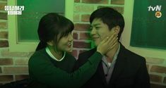 """Hyeri, Park Bo Gum, and """"Reply 1988″ Cast Bid Farewell in the Behind-the-Scenes Clip"""