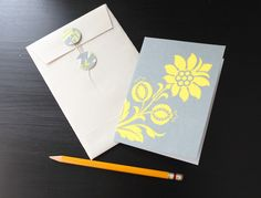 String tie envelope and card