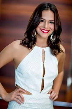 Bruna Marquezine no set do Superbonita. (Foto: Cacau Mangabeira / GNT)