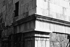 black and white_old damascus_syria _balance_photography