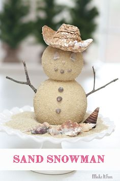 DEC 14 BEACH VISIT/BUILD A SAND SNOWMAN Winter is here and I wanted to share a quick coastal inspired snowman craft you can make yourself! Save some of those shells from a beach trip and bring a little coastal decor into your winter decor. Coastal Christmas Decor, Nautical Christmas, Tropical Christmas, Christmas Crafts, Coastal Decor, Christmas Ideas, Christmas In July Decorations, Coastal Curtains, Coastal Bedding