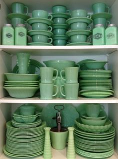 Vintage Home Collective: Collecting: A Closer Look At Jadeite
