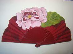 Abanico Diseñado y Pintado a Mano por Abanicos Disimusa   Madera Peral y Tela de Algodon   Se realiza en cualquier color por encargo...