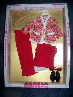 cathie de bella et barbie vintage Detective Agency, Barbie Friends, Vintage Barbie, Fashion Dolls, Doll Clothes, Childhood, Photos, Baby Dolls, Little Dresses