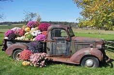 *Classic Old Pickup Truck in the Garden. Repurpose Upcycle