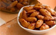 Garlic and Hot Pepper Toasted Almonds