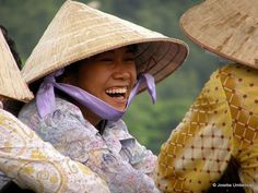 Genuine vietnamese smile at Halong Bay