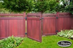 Amazing images of PVC Vinyl Fence Panels, Gates, and Sections from Illusions Vinyl Fence. If you're looking for a new fence, you have to see these photos. Vinyl Fence Panels, Privacy Fence Panels, Vinyl Railing, Painted Wood Fence, Wooden Fence, Backyard Pergola, Backyard Landscaping, Metal Pergola, Wooden Pergola
