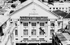 O Cine-Teatro Central fica localizado na cidade de Juiz de Fora (MG) e foi inaugurado em 30 de Março de 1929; arquiteto: Raffaele Arcuri.