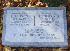 """Edith Bouvier """"Little Edie"""" Beale - - Find A Grave Photos Edie Bouvier Beale, Edie Beale, Grey Gardens House, Gray Gardens, Jackie O's, Jackie Kennedy, Ruth Jones, People Of Interest, Shades Of Grey"""
