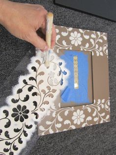 Stenciling A Picture Frame in Four Easy Steps - Stencil Stories,Stencil tips to easily paint a picture frame using the Indian Inlay Kit from Cutting Edge Stencils. Marco Diy, Cadre Photo Diy, Picture Frame Crafts, Picture Frame Decorating Ideas, Painting Picture Frames, Photo Frames Diy, Decorating Frames, Cardboard Picture Frames, Photo Frame Decoration