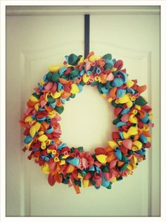 Celebration Balloon Wreath tutorial