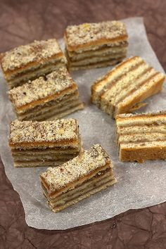 Provereni recepti. Cooks and Bakes: Slagani kolač .... Apricot and Walnut Squares