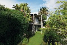 Best villa in South Africa - Villa Fawn, Cape Town (Condé Nast Traveller) Places To Rent, Places To Travel, Chic Beach House, Beach Bungalows, Beautiful Villas, Holiday Accommodation, Vacation Villas, Life Is An Adventure, Cape Town