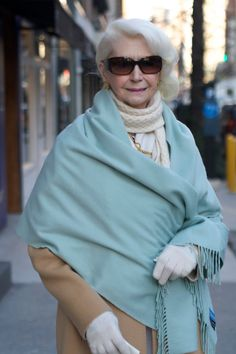 walking on Madison Avenue ~ADVANCED STYLE