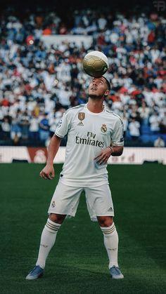 Hazard Real Madrid, Real Madrid Team, Real Madrid Football Club, Cristiano Ronaldo Juventus, Messi And Ronaldo, Juventus Fc, Eden Hazard, Best Football Players, Football Boys