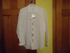 NWT Ladies Susan Bristol Casual L/S Shirt.  Button Down. Medium. Shell Buttons #SusanBristol #ButtonDownShirt #Casual
