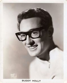 """Buddy Holly A pioneer of rock and roll and an inspiration to the legends who came after him such as The Beatles and Bob Dylan. Buddy Holly's death was even turned into a hit song; """"American Pie"""" by Don McLean. Date: Photographer: Associated Press. High Society, Celebrities Who Died, Celebs, Male Celebrities, Ritchie Valens, Don Mclean, Buddy Holly, Idole, Die Young"""