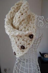 CRAFTY RED: Lattice Crochet Neck Warmer  ....feeling a redo on my hands :( sorry @Jaclyn Booton Booton B