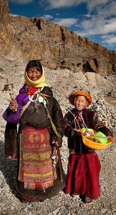 People Of The World, We The People, Tribal Makeup, Nepal Kathmandu, Tribal People, Baby Mine, Most Beautiful People, Silk Road, Tibet