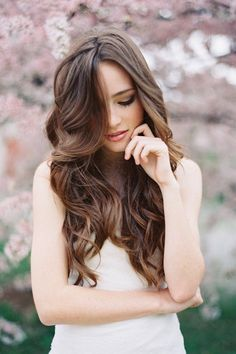 How to Have Gorgeous Hair on Your Wedding Day: Dos and Don'ts   Bride's Blog http://www.silverlandjewelry.com/blog/?p=8009