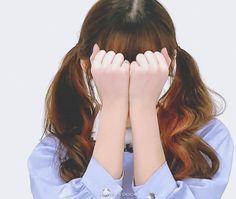 Arin Oh My Girl, Pin Pics, Kpop Aesthetic, Art Girl, Celebs, Female, Chinese Art, Cute, Gifs