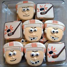 Definitely will have to make these! Hockey Birthday Cake, Hockey Birthday Parties, Hockey Party, Birthday Treats, Birthday Cookies, Cute Cookies, Cut Out Cookies, Royal Icing Cookies, Sugar Cookies